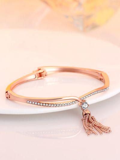 Breath-taking Beauty: Graceful Golden CZ Bracelet