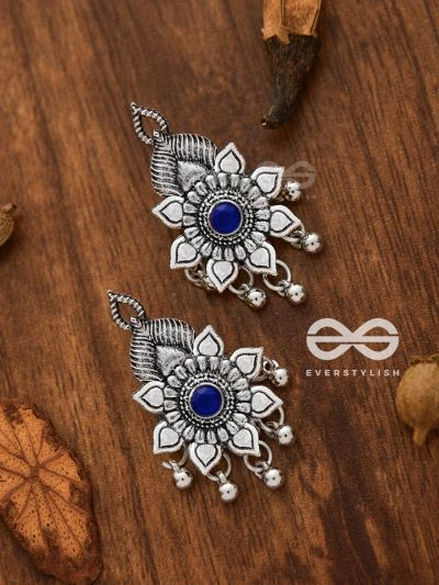 The Majestic Artwork Studs (Sapphire Blue) - Embellished Oxidised Collection