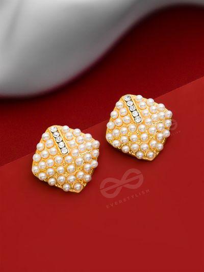 Goddess of Pearls - Statement Golden Studs