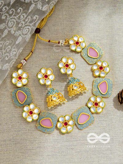 The Royal Indulgence - Statement Golden Set of Neckpiece and Earrings