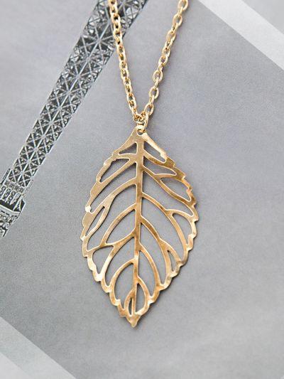 Lavish Leaf Golden Neckpiece