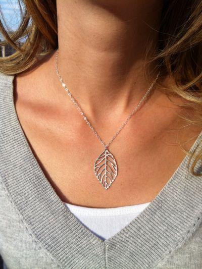 Lavish Leaf Silverette Neckpiece