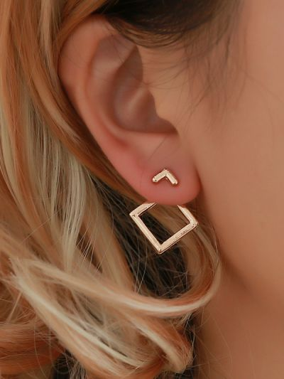 The modern girl's intriguing artistic ear-jackets