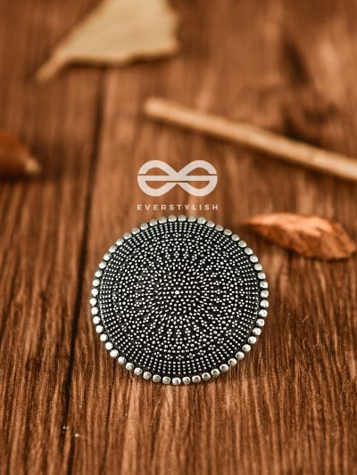 The Geometric Mesh - Oxidised Boho Ring
