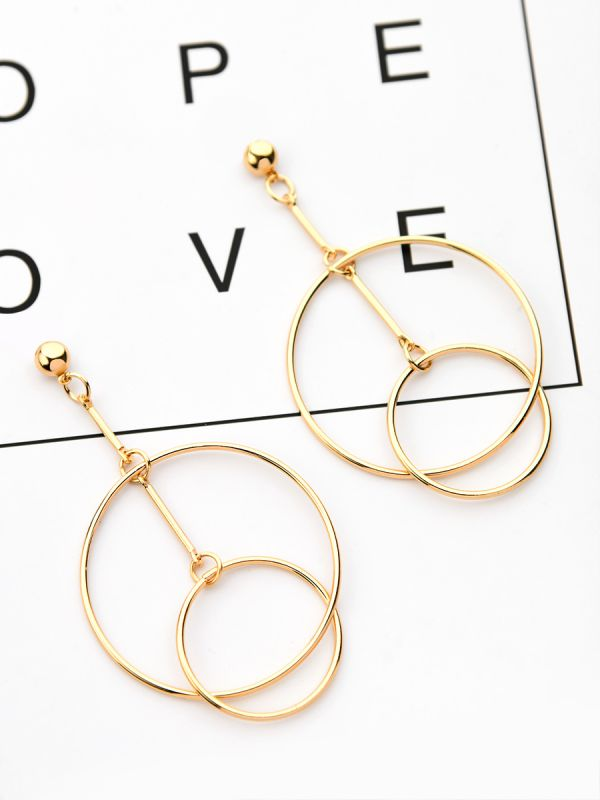 30ed5b784692c0 Home; The Interlocked Circles - Elegant Golden Earrings. 146.0000. Special  Price ₹146.00 Regular Price ₹699.00