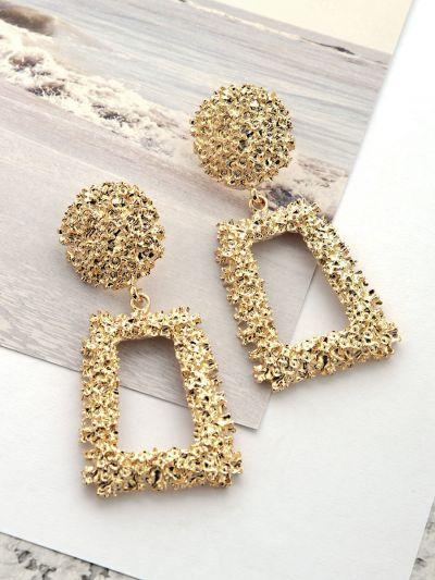 The Shimmery Diva Classic Geometric Earrings - Golden